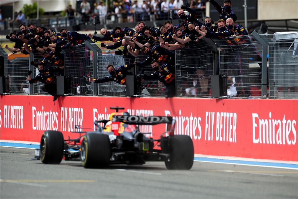 O Verstappen πετυχαίνει την τρίτη σερί νίκη της Honda στο γαλλικό GP