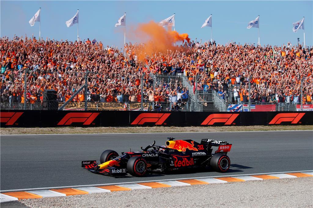 Ο Verstappen ΚΕΡΔΙΖΕΙ το Ολλανδικό Grand Prix με τη Honda
